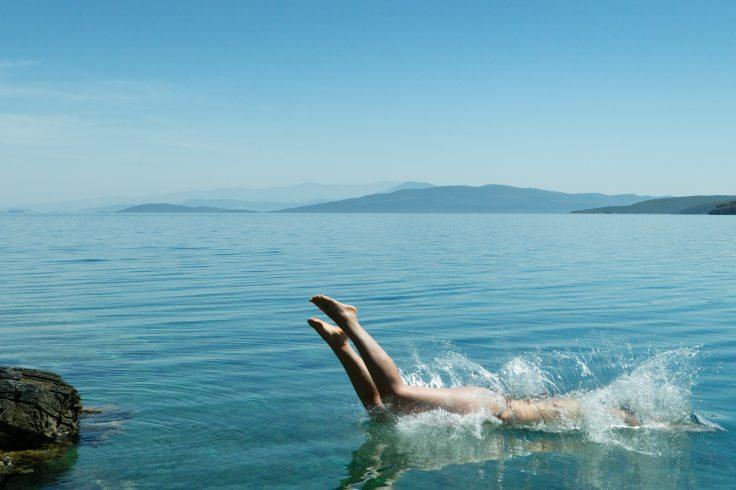 blue-dive-jump-87836